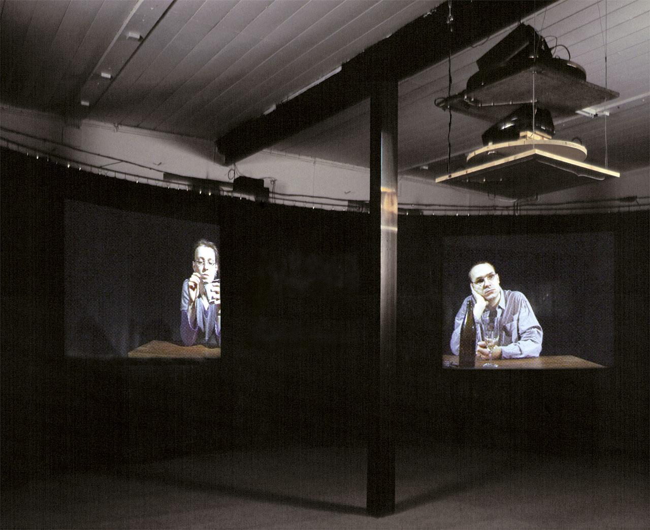 Kreislauf 2, 2000, Rotating dual channel installation